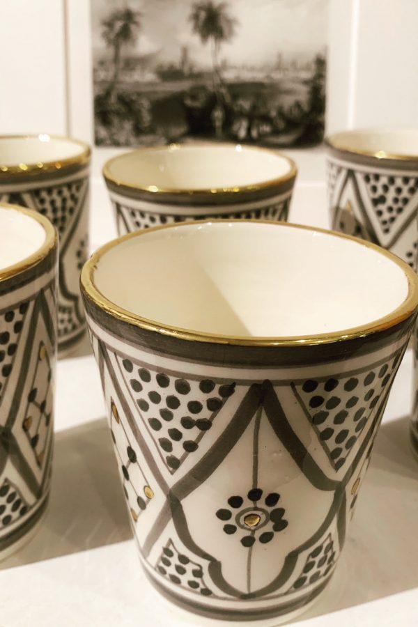 Handbemalte Tasse Marrakesch mit Goldrand
