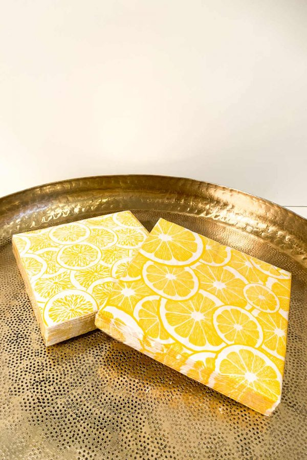 Servitten Lemon mit Zitronen